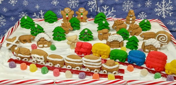 Gingerbread and Butter Spritz Cookie Winter Display cookie press spritz © 2014 Impress! Bakeware, LLC