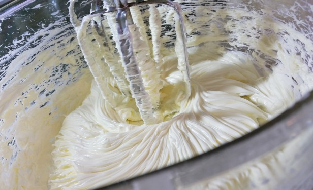Properly creamed butter © 2016 Impress! Bakeware, LLC.jpg