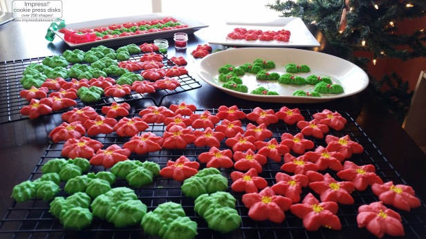 Holly Leaves & Poinsettia Spritz Cookies © 216 Impress! Bakeware, LLC cookie press k.jpg