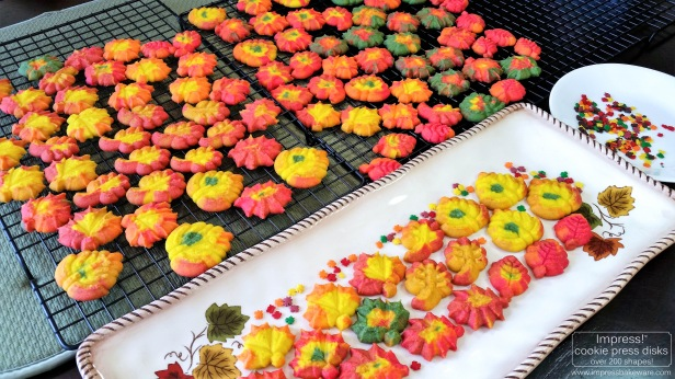 z Colorful Fall Leaves, Turkeys, and Pumpkins cookie press spritz W © 2017 Impress! Bakeware, LLC.jpg