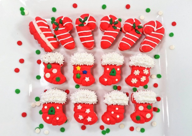b Peppermint Candy Cane & Stocking Sandwich Cookies Stuffed Crushed Peppermint cookie press spritz © 2017 Impress! Bakeware, LLC.jpg