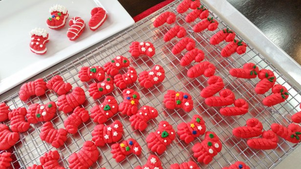 m Peppermint Candy Cane & Stocking Sandwich Cookies Stuffed Crushed Peppermint cookie press spritz © 2017 Impress! Bakeware, LLC.jpg