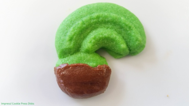 pw Chocolate Mint St. Patrick's Day Sandwich Cookies cookie press spritz © 2018 Impress! Bakeware, LLC.jpg