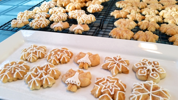Snickerdoodle Spritz Snowflakes and Angels © 2019 Impress! Bakeware, LLC j.jpg