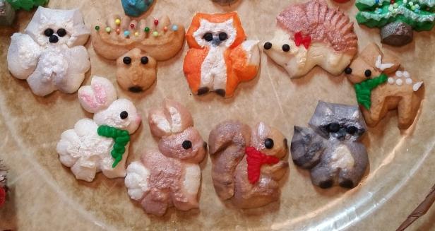 Woodland Christmas Spritz Cookies © 2019 Impress! Bakeware, LLC e
