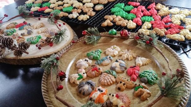 Woodland Christmas Spritz Cookies © 2019 Impress! Bakeware, LLC h.jpg