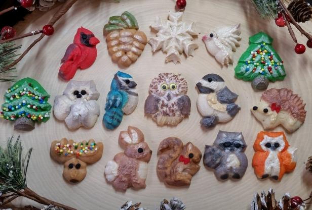 Woodland Christmas Spritz Cookies © 2019 Impress! Bakeware, LLC z